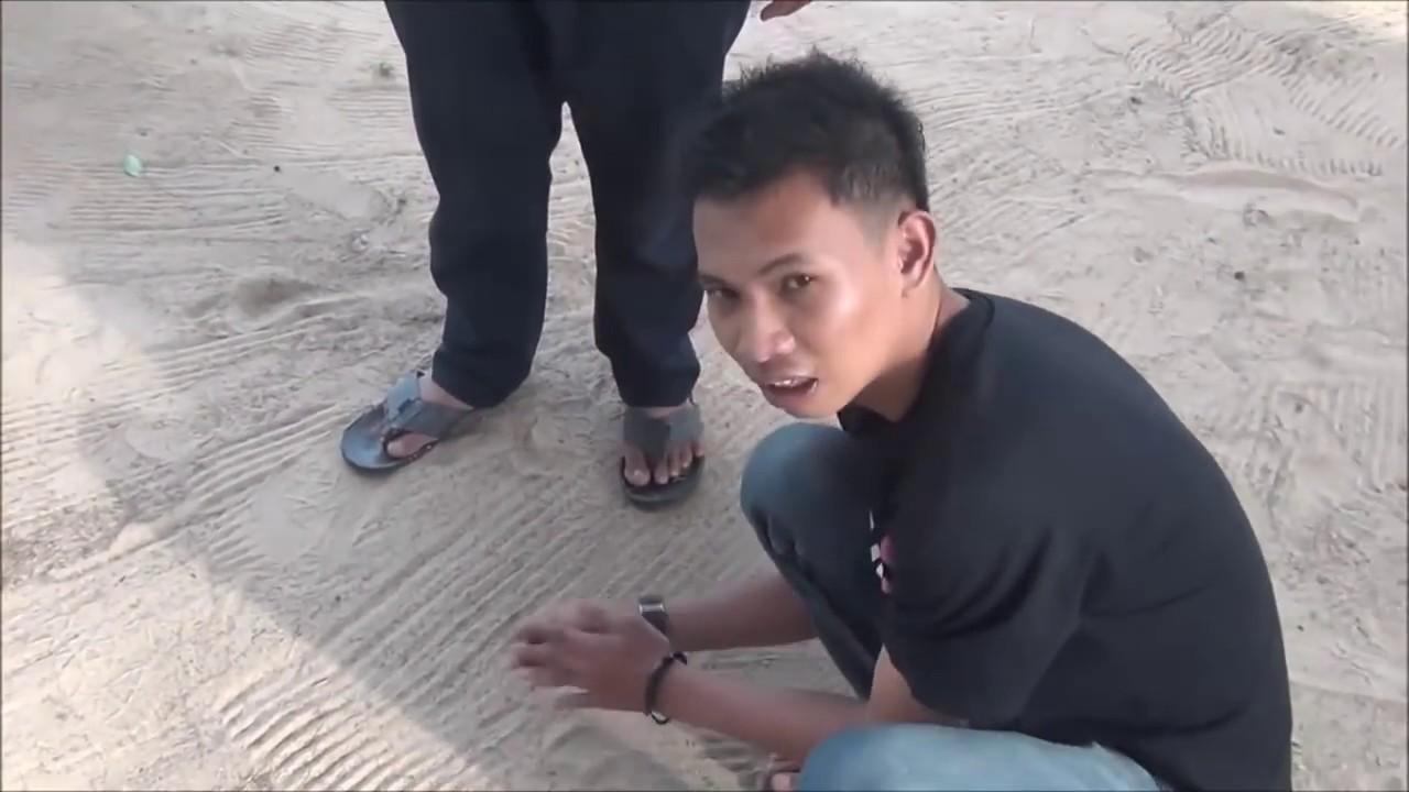 Guli Lubang Permainan Tradisional Di Dabo Singkep Kepulauan Riau Youtube