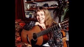 Watch Sandy Denny Wild Mountain Thyme video