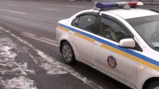 покидая место нарушения, ГАИ оторвало бампер служебного авто  Приколы с ГАИ
