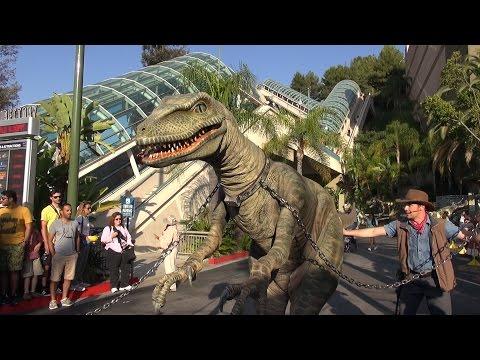 Raptor Encounter at Universal Studios Hollywood FULL Experience, Jurassic World / Park - Tango