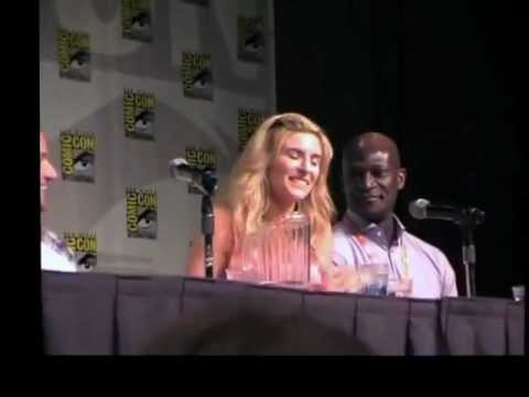 Craig Parker & Viva Bianca Share The Agony of Season Finale: Spartacus Comic Con 2012