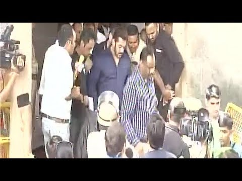 Arms Act case: Salman Khan appears before Jodhpur court
