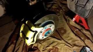 Устраняем люфт в рулевом механизме Рено Логан