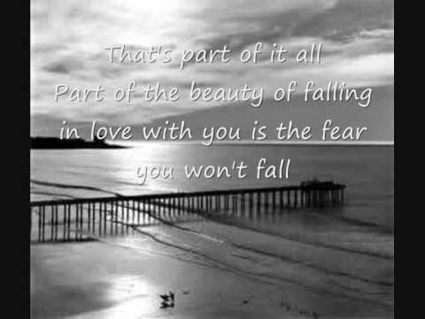 Joshua Radin- The Fear You Won't Fall (Lyrics)