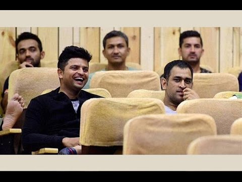 Dhoni and Virat sit far from each other...