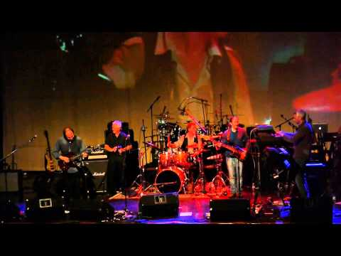 three friends - gentle giant - the boys in the band - Prog - St Charles Il - 10/12/2012.mp4 mp3