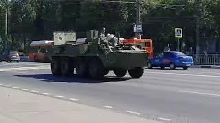 Нижний Новгород: По проспекту Гагарина едет колонна военной техники