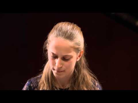 Natalie Schwamová – Etude in A flat major Op. 10 No. 10 (first stage)