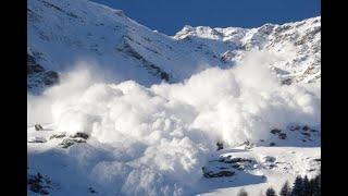 Снежная лавина в Андорре накрыла горнолыжный курорт