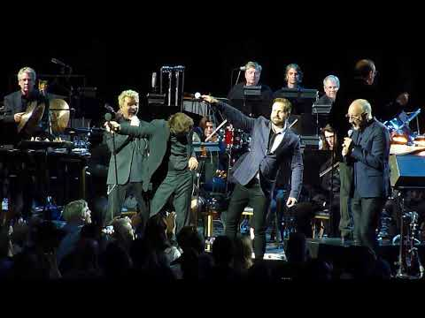 Pete Townshend, Eddie Vedder, Billy Idol, Alfie Boe playing The Real Me in Chicago 9-13-2017