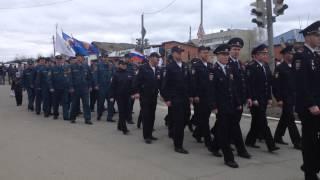 Торжественное шествие Карпинск/ www.vkarpinsk.info