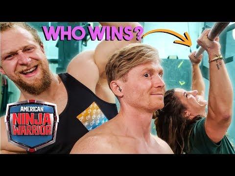 PRO CLIMBER vs Powerlifter NINJA WARRIOR *wow*