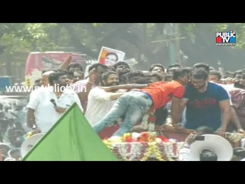 Fan Kisses Darshan, Yash During Sumalatha's Roadshow