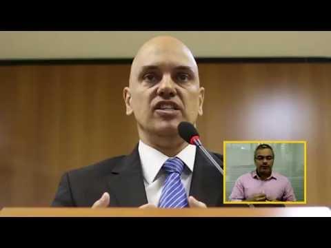 Ministro da Justiça fatura o 'Troféu Melancia no Pescoço'