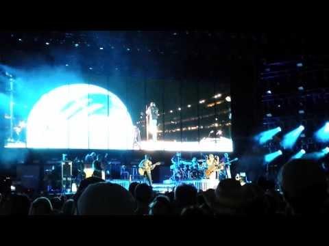 "Kenny Chesney ""Boys of Fall"" - Gillette Stadium"