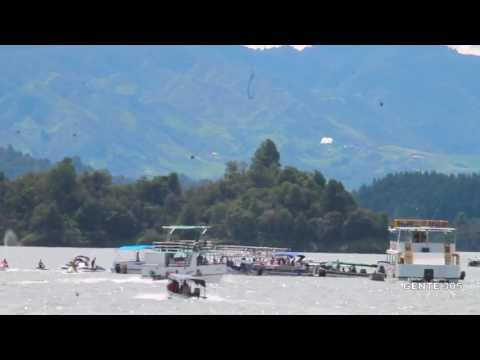 Barco con al menos 200 personas se hundió en Guatapé, Antioquia