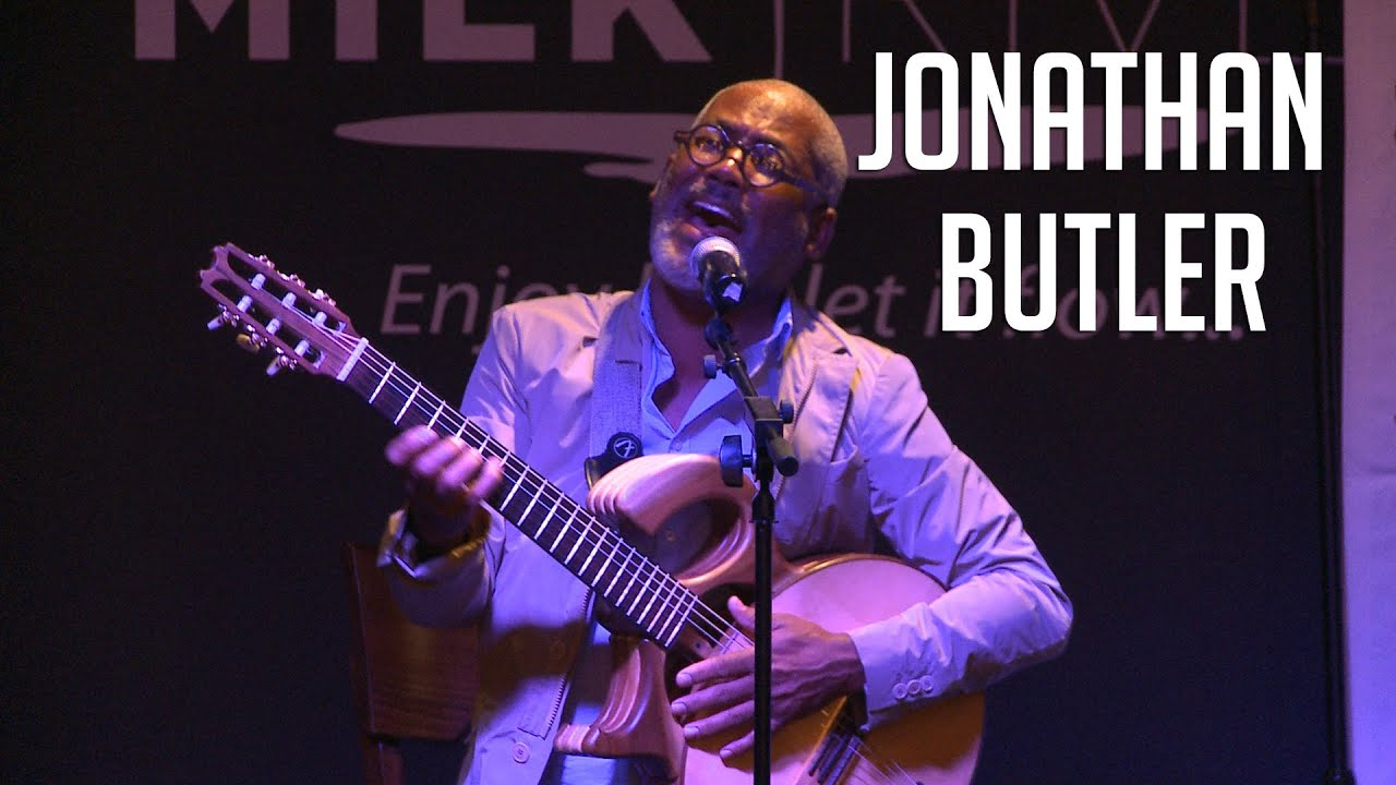 "Jonathan Butler | Sings ""Sara, Sara"" During ""The Quiet Storm Live"""