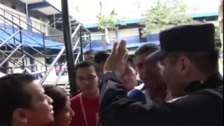 Disturbios en centro de votacion El Salvador 2015