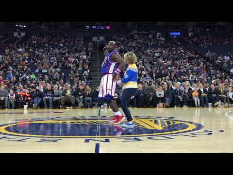 Warriors Dance Mom with Harlem Globetrotters
