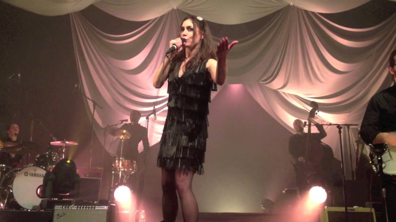 olivia ruiz en concert a l 39 aeronef youtube. Black Bedroom Furniture Sets. Home Design Ideas