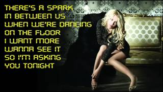 Britney Spears - Hold It Against Me (with Lyrics On Screen) + Ringtone