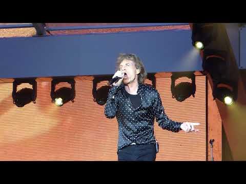 Rolling Stones Under My Thumb May 22 2018 London Stadium
