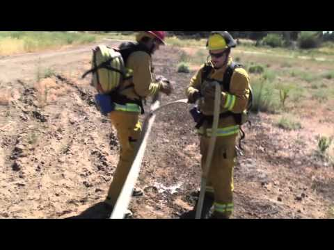 Deploying a progressive hose lay