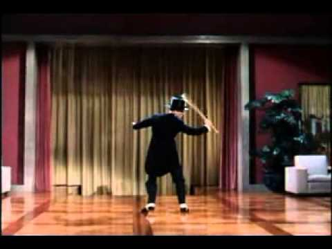 Клип Fred Astaire - Puttin' On The Ritz