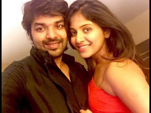 Actress Anjali Confirms Her Love with Jai!