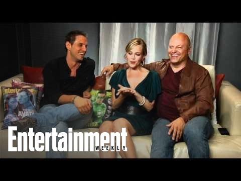 No Ordinary Family: Michael Chiklis, Julie Benz & Exec Producer Greg Berlanti