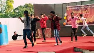 Group Dance khaike paan Banaraswala .(NRI GROUP OF INSTITUTION,BHOPAL) #DIWALI -Bash#