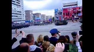 Парад Победы в Луганске. 9 мая 2015