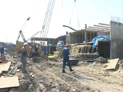 Строительство дома на Порт-Артурской для переселения горожан из бараков продолжается во Владивостоке
