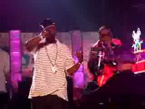 Hola Hovito!  Jay-Z performs on Hollywood Blvd mp3