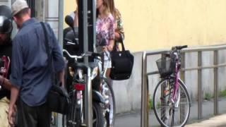 Belen e Cecilia Rodriguez con mamma Veronica a Milano