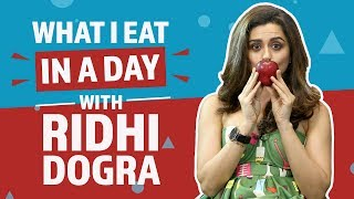 Video Ridhi Dogra : What I eat in a day | Lifestyle | Pinkvilla | Bollywood download MP3, 3GP, MP4, WEBM, AVI, FLV Juli 2018