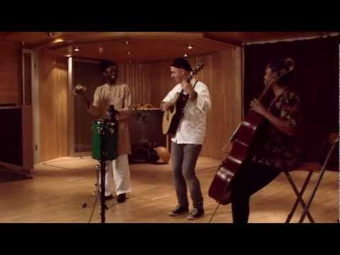 Madiba's Jive - Antonio Forcione ( Tribute To Nelson Mandela )