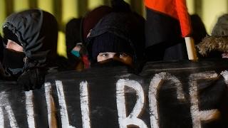 Відэа, як спрабуюць затрымаць анархістаў I Попытка задержаць анархистов в Минске