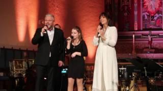 Emelie Andersen, Rein Alexander og Anita Skorgan i Domkirken i Fredrikstad