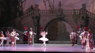 Смотреть видео Санкт Петербург Мариинский театр 01 08 2018 онлайн