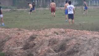 Masa Hope - Cac cầu thủ Làng phách và ấp cụt đá tập rèn luyện thể thao 2