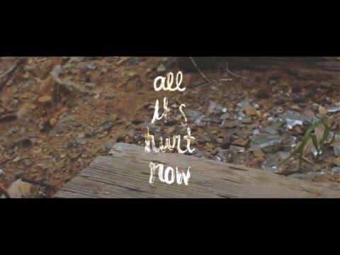 Clairity - Broken Things (Lyric Video)