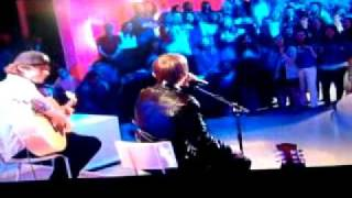 Download Lagu Justin Bieber - canal+  France    one less lonely girl ( french ) - baby mp3