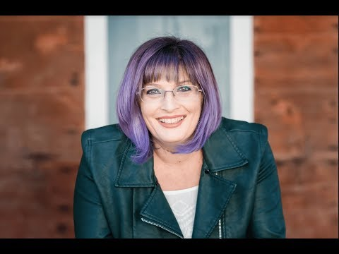 Interview with Business Building Rockstar Nicole Holland