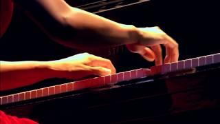 Юджа Ванг (Yuja Wang). Звучит Соната K.427 Д. Скарлатти (D. Scarlatti)