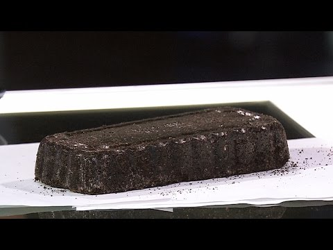 Toronto students turn used coffee grounds into fuel logs