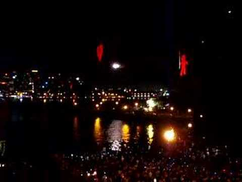 NYE 2005 - Sydney Harbour Bridge