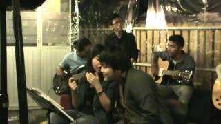 KMFisip UNS live on hello garage sale #2 (female voice)