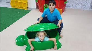 Zehra and Yusuf were lost.fun video for kids
