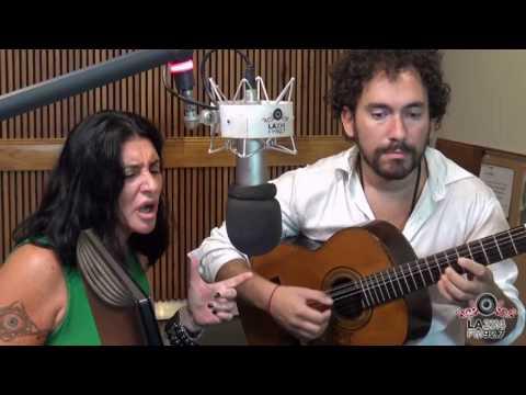 """<h3 class=""""list-group-item-title"""">Alicia Vignola y Julián Hermida interpretan """"Nada"""" en vivo en El Arranque</h3>"""